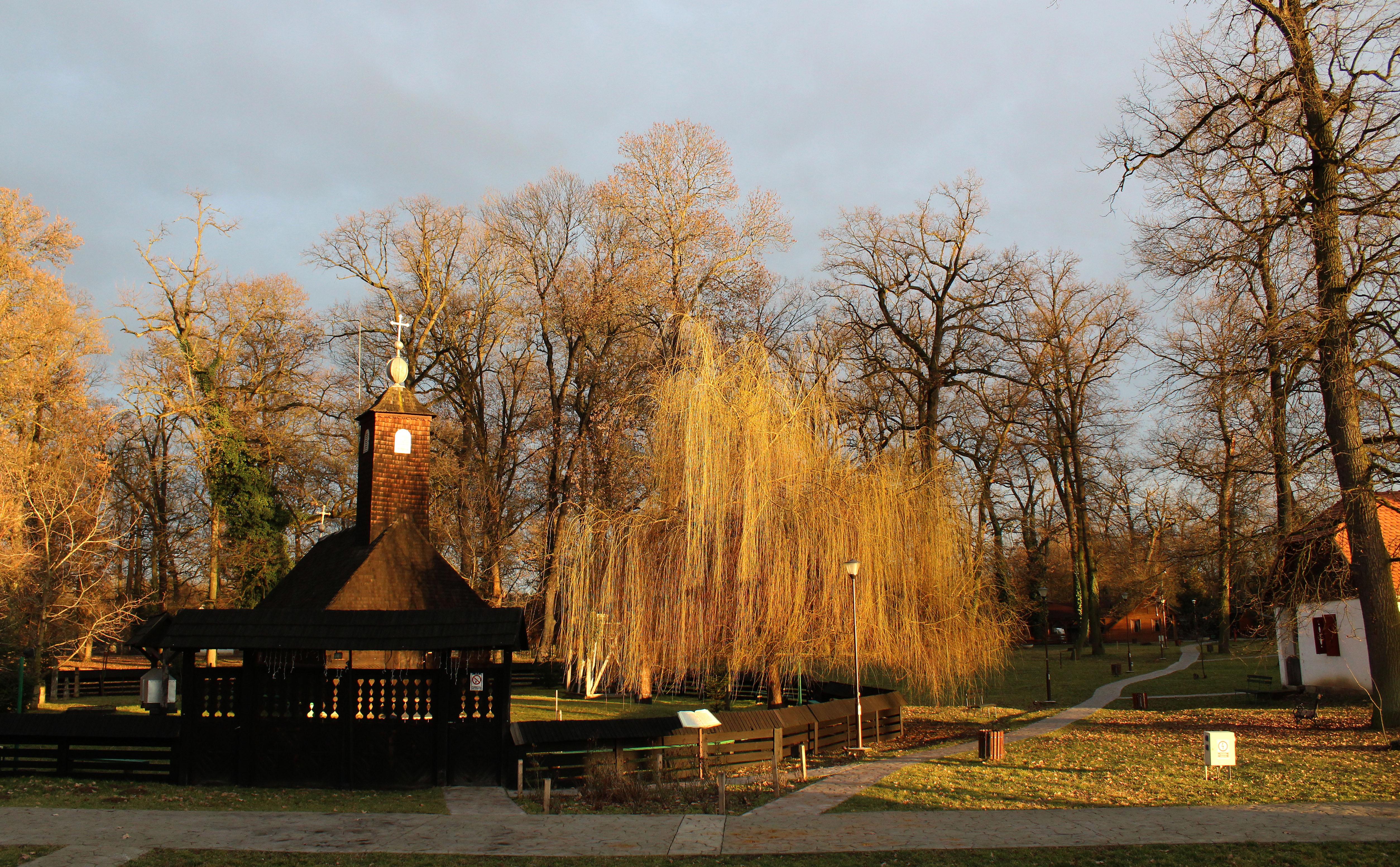 Biserica din Topla  (Jud. Timiş)